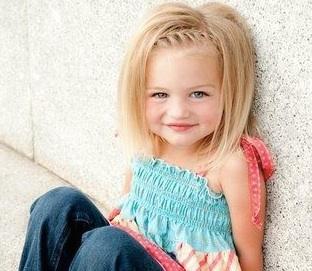 trenzas peinados peluqueria infantil